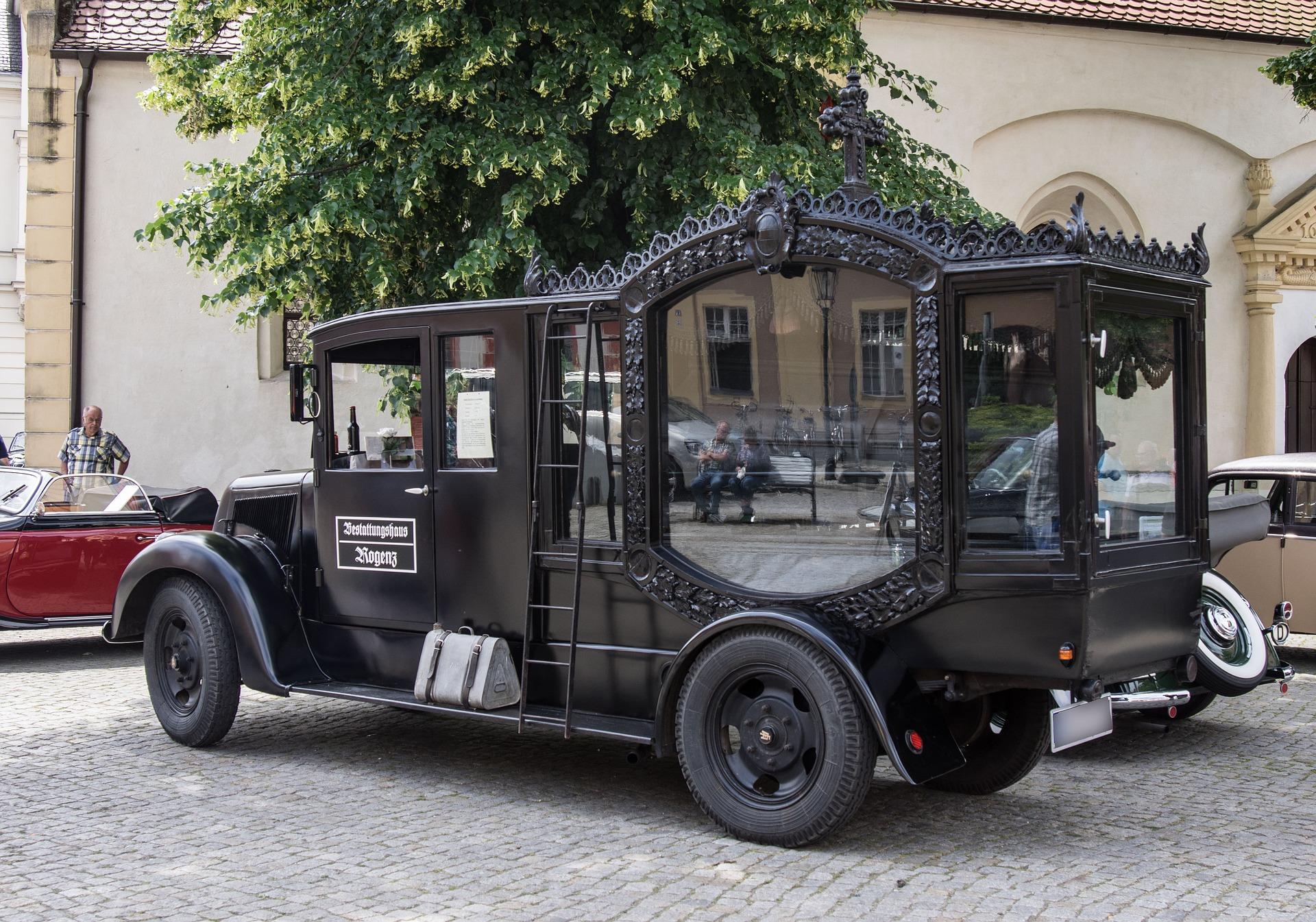 Organizacja pogrzebu Warszawa – jaki zakład pogrzebowy wybrać?